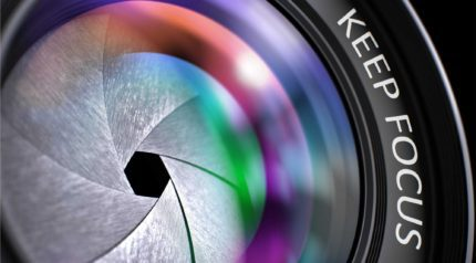 Wonkhe camera lens keep focus