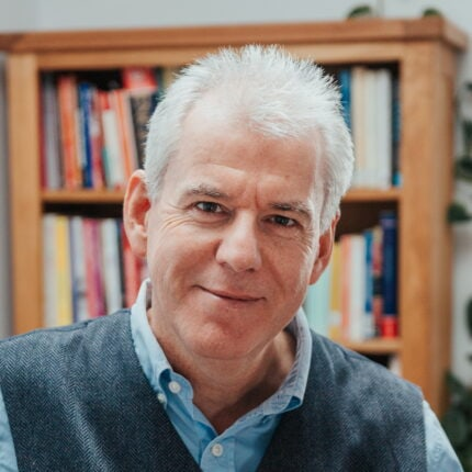 Dr_Richard_Wallis_profile