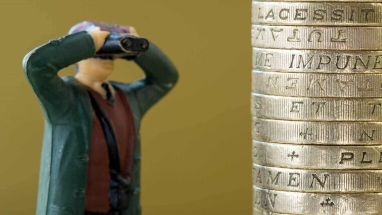 pile-of-pounds-money-wonkhe